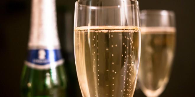 Naučte se, jak se správně servíruje šampaňské