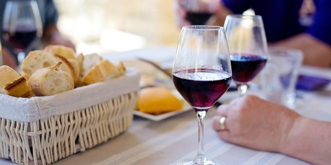 Na léto zvolte letní vína