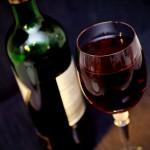 Ovlivňuje pití vína zdraví našeho mozku?