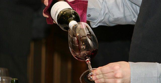 Jak dlouho se může pít otevřené víno?
